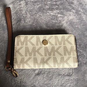 Michael Kors Card case & phone case
